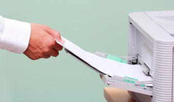 Stampare in ufficio: come scegliere la carta giusta